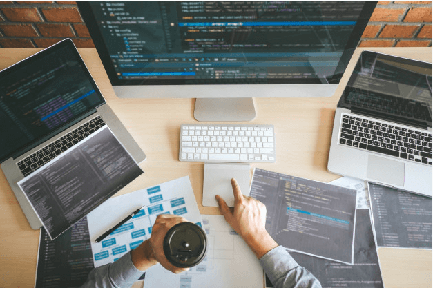 تیم طراحی سایت راحت بین