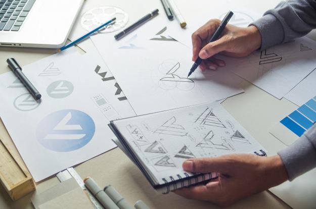 طراحی لوگو و. نام تجاری